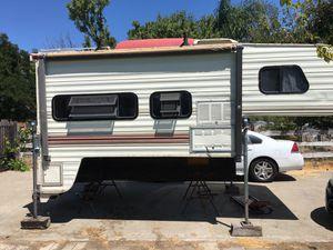 Northland polar cab over camper for Sale in Manteca, CA
