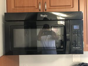 Microwave Excellent Condition! for Sale in Hialeah, FL