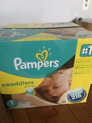 Pampers swaddles box , 216 unit for Sale in Greenwich, CT