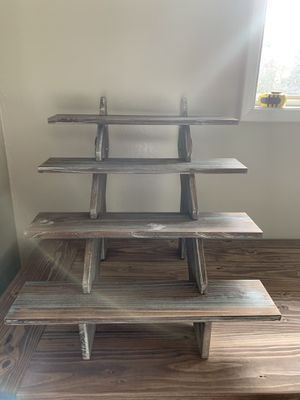 Shelf for Sale in Mountlake Terrace, WA