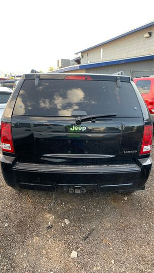 Parting out 2005 Jeep Grand Cherokee for Sale in Phoenix, AZ
