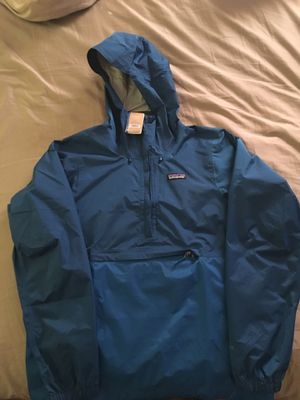 Patagonia Men jacket Small for Sale in Chicago, IL