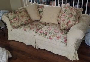 Lovely Sofa for Sale in Millersville, MD