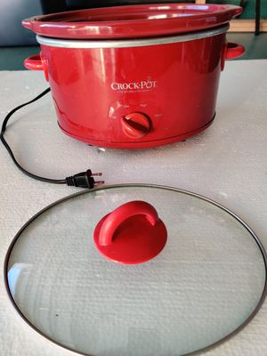 Crock pot small for Sale in Jurupa Valley, CA