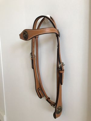 Brand new leather headstall with Long Horns. for Sale in Miami, FL