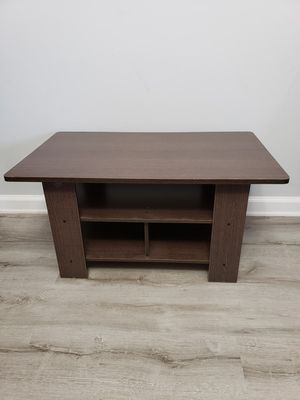 Coffee table with organizing shelves for Sale in Arlington, VA