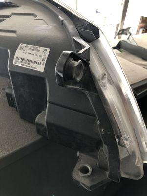 2009-2011 Vw Tiguan OEM Headlight Left side for Sale in HOUSTON, TX