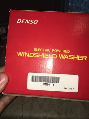 New Denso 160200-5110 Electric Powered Windshield Washer Asembly Complete for Sale in Rochester Hills, MI