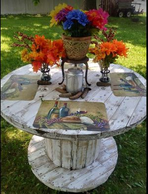 Shabby chic industrial spool table for Sale in Commack, NY
