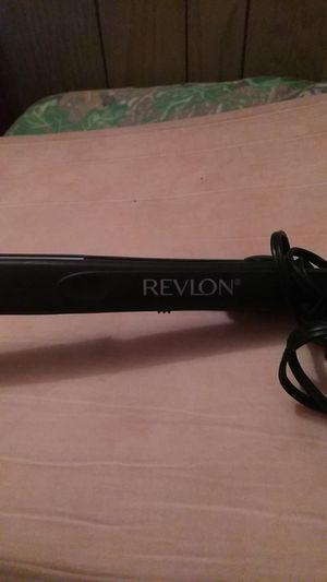 Revlon hair straightener for Sale in Lake Alfred, FL