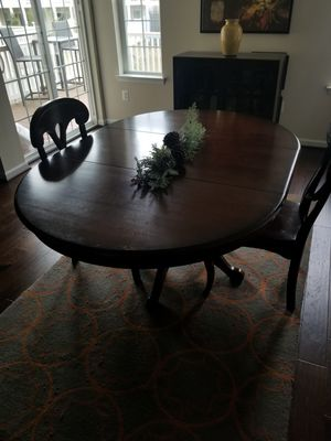 table and chairs for Sale in Crofton, MD