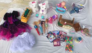 FurReal Friends, Disney, Kids Movies, New Bubble Blower, Barbie, Costume Dress, Playhouse with accessories LOT for Sale in Port St. Lucie, FL