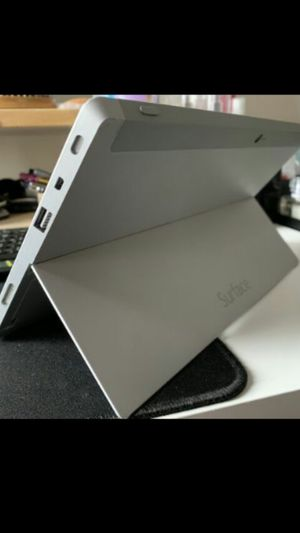 MICROSOFT SURFACE RT 2 64GB for Sale in Los Angeles, CA