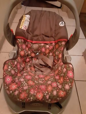 Graco car seat complete great condition for Sale in Austin, TX