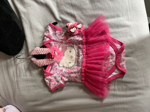 Hello kitty set 0-6 months for Sale in Los Angeles, CA