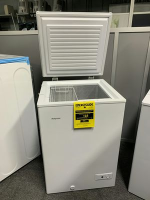 Compact chest freezers for Sale in Livonia, MI