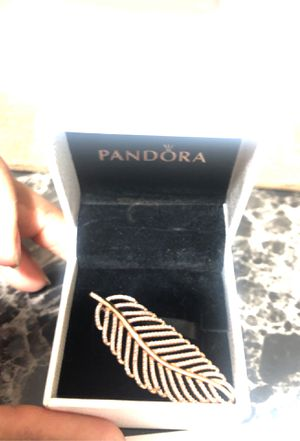 Brand new rose gold pandora feather pendant for Sale in Evanston, IL