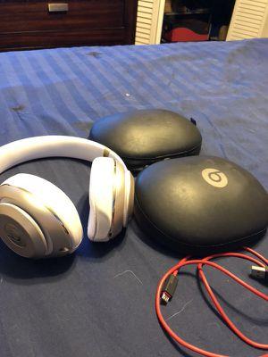 Beats studio 2 wireless for Sale in Dallas, TX