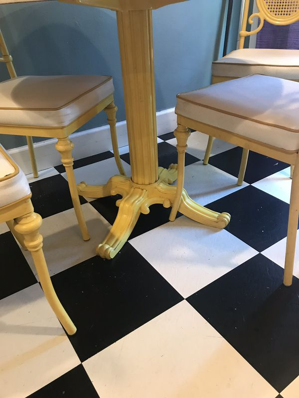 Awesome 70's table and chairs