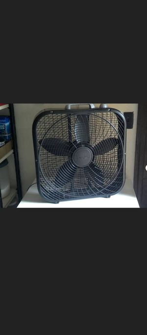 Box Fan (like new) for Sale in Fontana, CA
