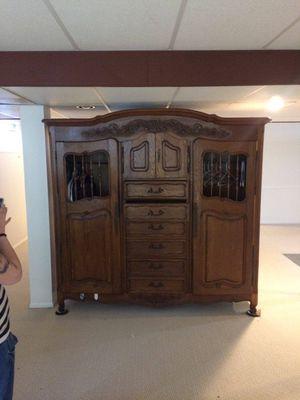 Beautiful antique Cabinet oak for Sale in Fenton, MO
