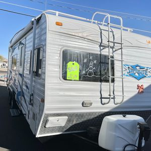 2007 Weekend Warrior 25ft Travel Trailer for Sale in Apache Junction, AZ