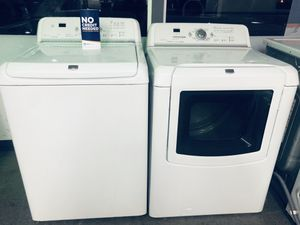 MAYTAG BRAVOS WASHER AND GAS DRYER SET for Sale in Corona, CA