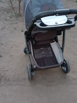 Baby Stroller w/ Removable Car Seat for Sale in Fresno,  CA