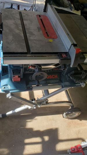 Bosch large table saw with gravity stand for Sale in Elk Grove Village, IL