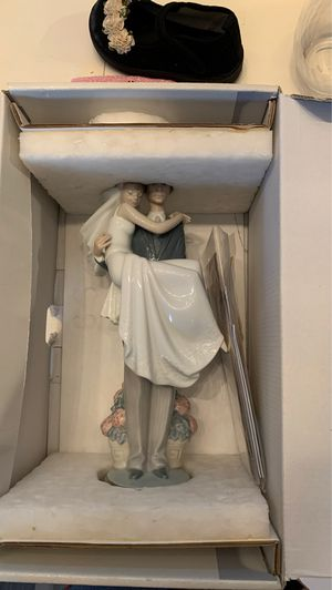 Lladro over the threshold New in Box, excellent condition, never taken out. for Sale in San Juan Capistrano, CA