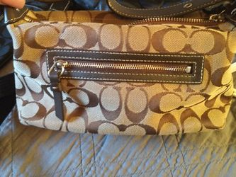 Coach Bag (Authentic) for Sale in Fontana,  CA