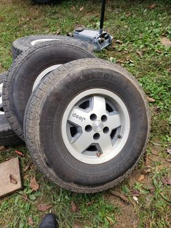 5x4.5 wheels and 31/{link removed} good tires for Sale in Salisbury,  NC