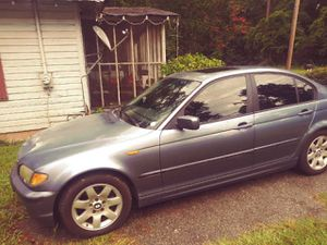 325i BMW 05 160kMiles for Sale in Statesboro, GA