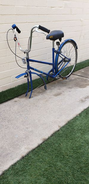 ONLY FOR PARTS AND REPAIRS.. VINTAGE FREE SPIRIT COMFORT BIKE for Sale in San Diego, CA