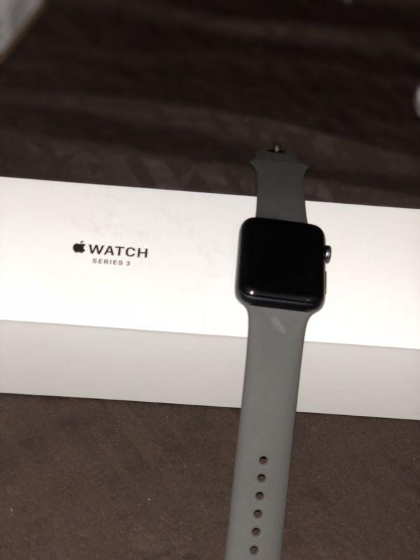 Apple watch Series 3 42mm GPS+LTE
