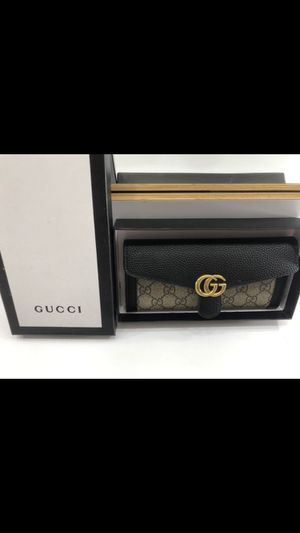 Brand New Gucci Wallet for Sale in Garden Grove, CA