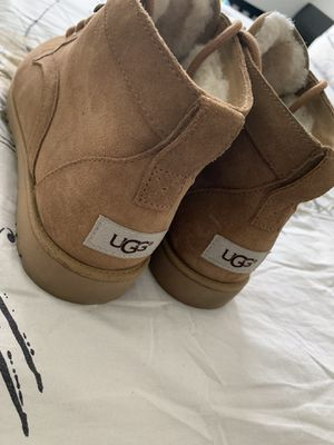 UGG LACE UP BOOTS for Sale in Atlanta, GA