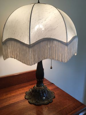 Antique Lamp for Sale in Tacoma, WA