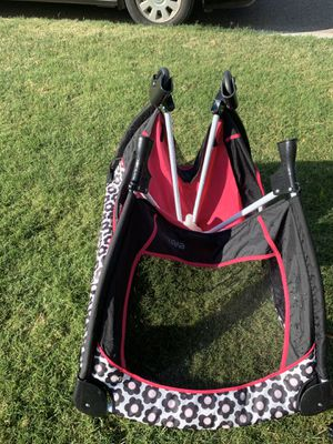 Evenflo Playpen for Sale in Phoenix, AZ