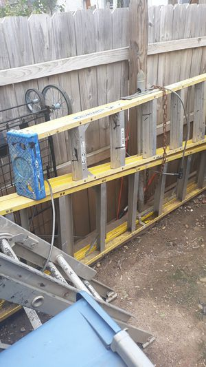 10/12 ft a frame ladder fiberglass for Sale in Baltimore, MD