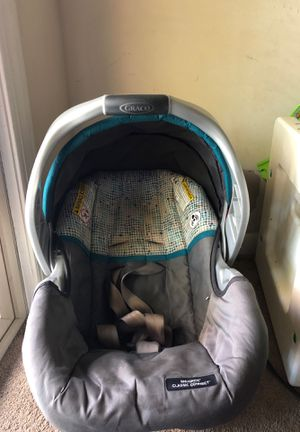 Graco classic connect infant car seat for Sale in West Laurel, MD