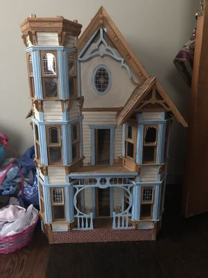 Victorian Style Doll House for Sale in Nashville, TN