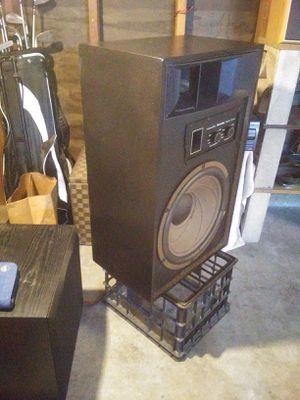Vintage floor speakers for Sale in Modesto, CA