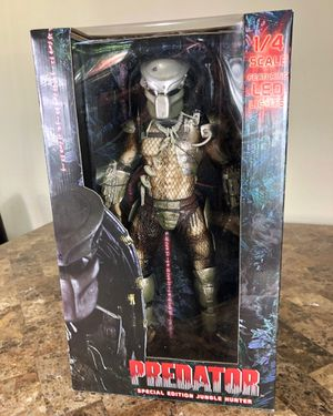 NEW 1/4 Scale Neca Predator with Led Lights 18 Inch Action Figure Horror Hot Toys for Sale in Dallas, TX