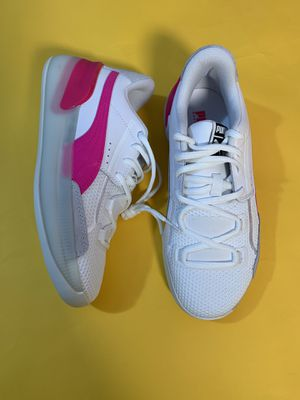 Puma Clyde Hardwood Classic size 5Y 6Y for Sale in Wayne, IL