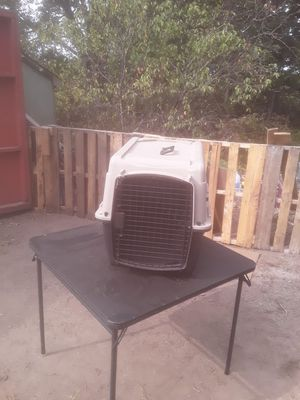 Medium sized dog crate for Sale in Attleboro, MA
