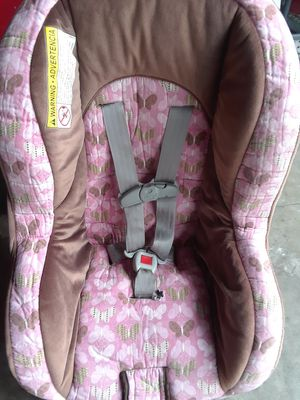 Nice Graco car seat pink brown for Sale in Stockton, CA