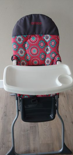 High chair for Sale in Renton,  WA