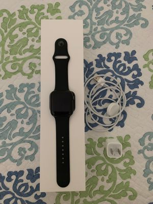 APPLE WATCH SERIES 4 for Sale in Miami, FL