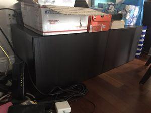 Entertainment center/tv stand for Sale in Arlington, VA
